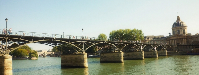 Le pont des Arts (à Paris)