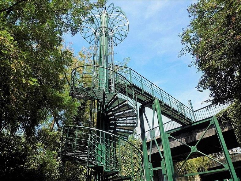 Escalier de la coulée verte